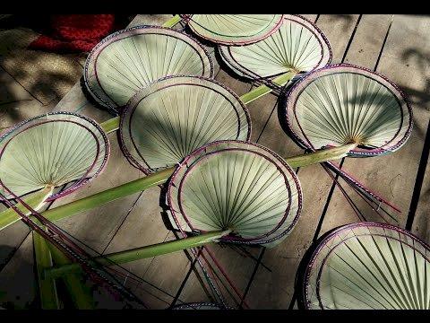 রংপুরে ভ্যাপসা গরমে অতিষ্ঠ জনজীবন বিক্রি বেড়েছে তালপাখার